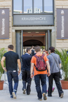 Eröffnung des neuen Amazon Standortes in den Krausenhöfen in Berlin Mitte am 11.06.2015. /// Foto: Monique Wüstenhagen